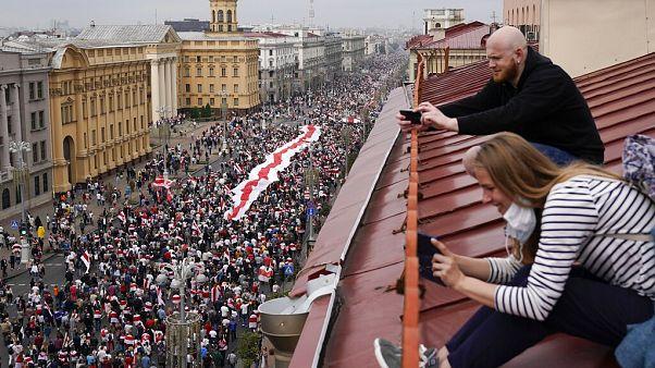 Százötvenezren tüntettek Minszkben