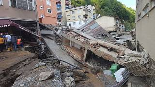 فيضانات عارمة تجتاح منطقة غيرسونفي تركيا