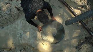 Há centenas de minas ilegais em toda a Amazónia