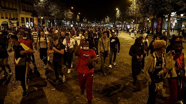 Беспорядки в Париже после поражения ПСЖ