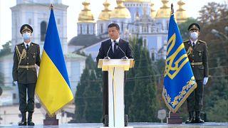 """Zelensky: """"Credo che la guerra nel Donbass possa finire entro l'anno"""""""