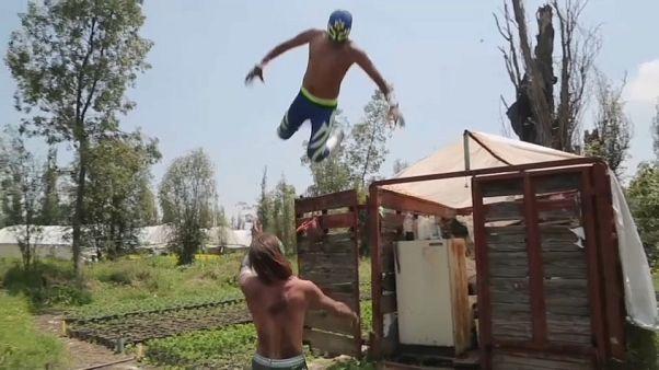 Covid-19 provoca a morte na luta livre mexicana