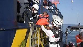 Un bebé rescatado por el Sea Watch