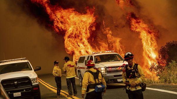 Tűzoltók Lake megyében