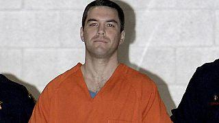 ABD'e 2002 yılında 8 aylık hamile eşi Laci Peterson'ı başını keserek öldüren Scott Peterson