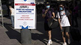 Maskenpflicht in einem Teil von Marseille, Frankreich