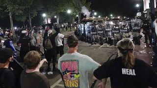 Segunda noche de protestas raciales en Wisconsin (EEUU)