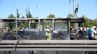 Metrobüste yangın