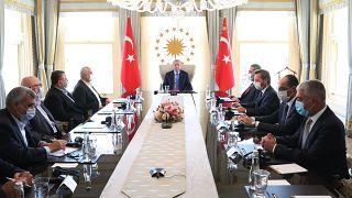 Türkiye Cumhurbaşkanı Recep Tayyip Erdoğan, 22 Ağustos'ta Hamas Siyasi Büro Başkanı İsmail Heniyye ve beraberindeki heyeti kabul etmişti.