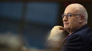 المفوض الأوروبي فيل هوغان