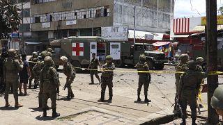 Filipinler'in Jolo adasında düzenlenen koordineli intihar saldırılarında 14 kişi hayatını kaybetti