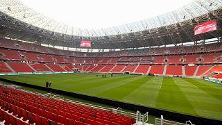 Estádio de Puskas, em Budapeste, recebe cerca de 20.000 adeptos