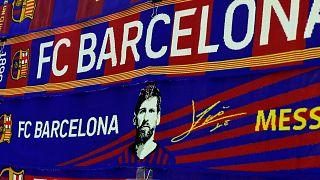 خارج ملعب كامب نو في برشلونة في 26 أغسطس 2020