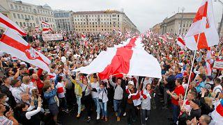 Belarusz tüntetők