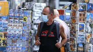 COVID-19: Ανησυχία από τη νέα αύξηση των κρουσμάτων στην Ευρώπη