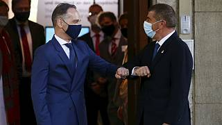 German Foreign Minister Heiko Maas, left, welcomes his Israeli counterpart Gabi Ashkenazi