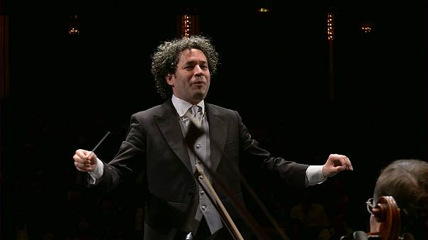 Gustavo Dudamel vezényli Sztravinszkij Tűzmadarát Salzburgban