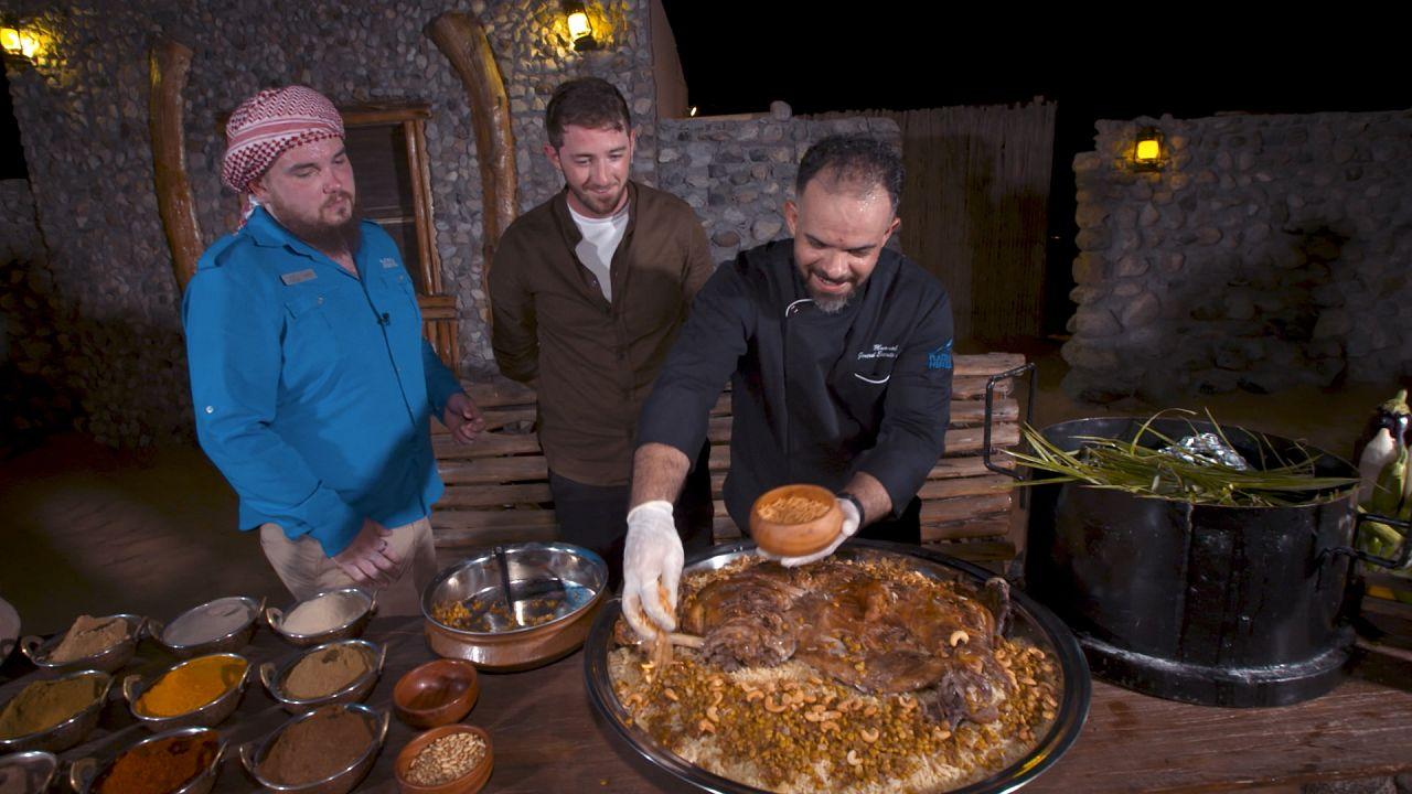 وصفة قوزي  لحم الضأن المطبوخ في صحراء دبي