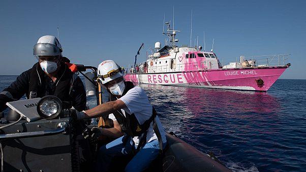 تصویری از عملیات نجات کشتی لوییز-میشل در مدیترانه
