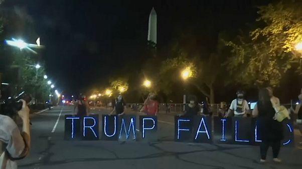 سر و صدا با ساز و دهل برای اعتراض به سخنرانی ترامپ
