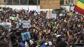 Des manifestants au Mali le 21 août