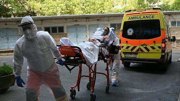 Ejercicio de sanitarios en Budapest este jueves
