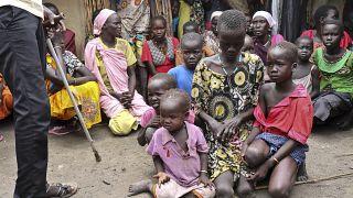 أم وأطفالها في جنوب السودان