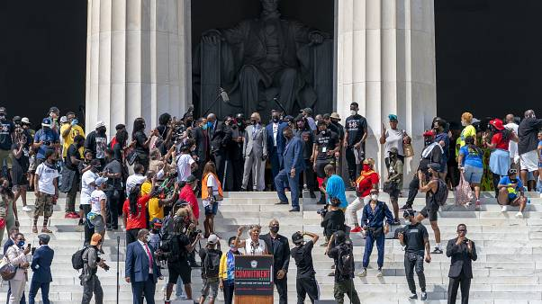 Huge march commemorates Martin Luther King's 'dream' speech