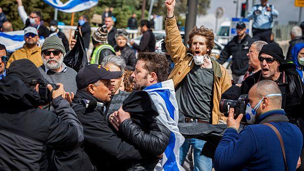 Amíg Netanjáhú nem távozik, addig a tüntetők sem