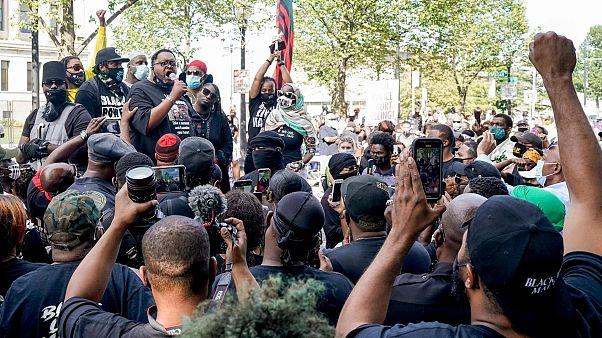 تظاهرات ضد نژادپرستی در کنوشا