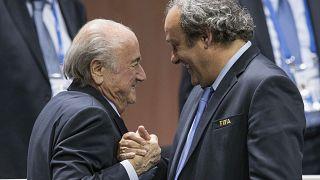 FIFA'nın eski başkanı Sepp Blatter ve UEFA'nın eski başkanı Michel Platini