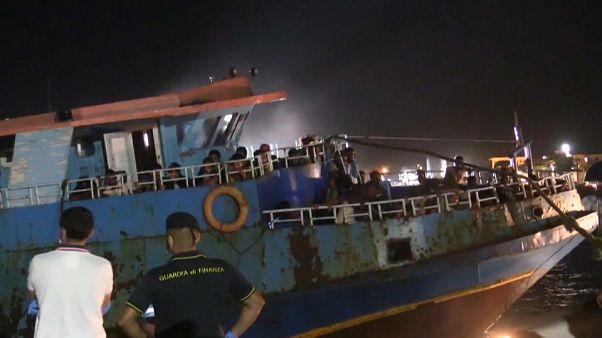 Migranten-Krise in Italien - Proteste auf Lampedusa