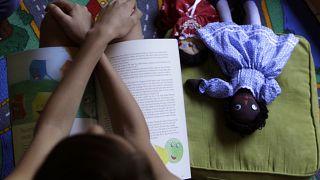 De janeiro a julho deste ano, 2.353 crianças sofreram maus tratos, entre as quais 575 abusos sexuais.
