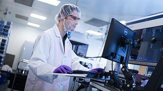 Vakcinafejlesztés egy amerikai laboratóriumban