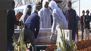 Covid-19 Upsets South African Burial Traditions