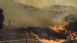 Las llamas llegaron hasta las puertas del sitio arqueológico de Micenas, en Grecia