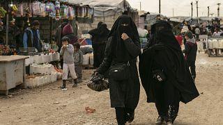 مخيم الهول الذي تحتجز فيه أسر مقاتلي داعش