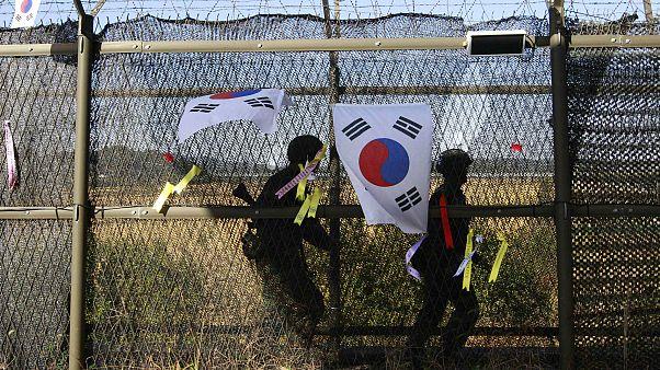 Kuzey Kore sınırında devriye gezen Güney Koreli askerler