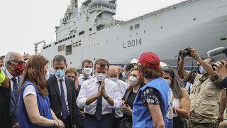 Emmanuel Macron dans le port de Beyrouth