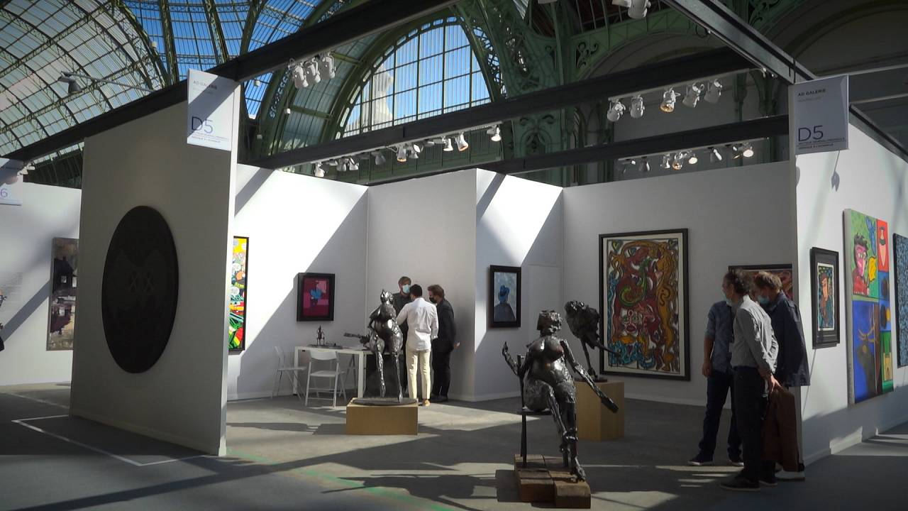 Art Paris spring fair finally goes ahead at Grand Palais des Champs-Élysées
