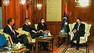 رئيس وزراء ليبيا المعترف به دوليا فايز السراج ووزير خارجية إيطاليا لويجي دي مايو في طرابلس، الثلاثاء 1 سبتمبر 2020