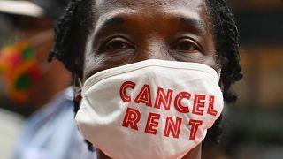 Manifestante contra los desahucios en Nueva York