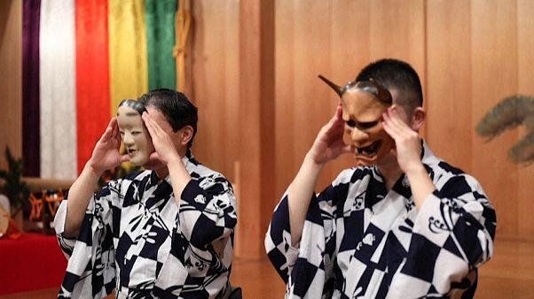 Covid-19 coloca em risco teatro tradicional japonês