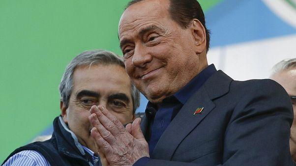 Silvio Berlusconi hat sich mit Coronavirus angesteckt
