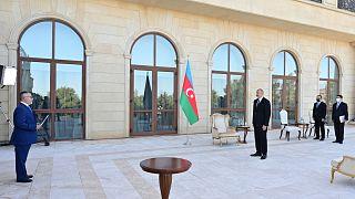 Azerbaycan Cumhurbaşkanı İlham Aliyev, Yunan Büyükelçiyi kabul etti