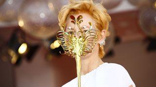 Tilda Swinton recebe prémio carreira no Festival de Veneza