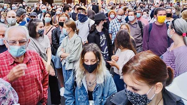 Tüntetés az SZFE Vas utcai épülete előtt, 2020. szeptember 2.
