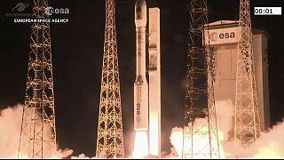 Europa lança Vega com 53 mini satélites a bordo