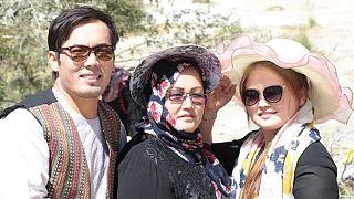 کمیته قوانین افغانستان درج نام مادر در تذکره را تایید کرده است