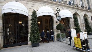 Знаменитый парижский Ritz в ожидании прежней клиентуры